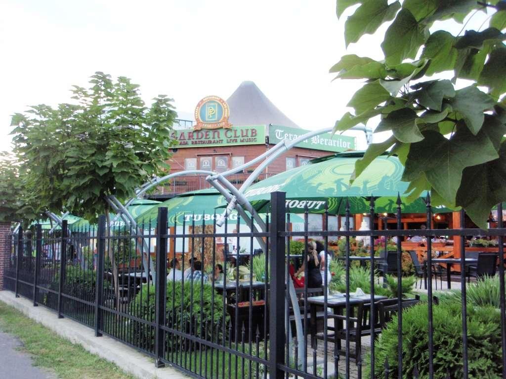 Restaurant terasa Garden Club Garden Palace Restograf