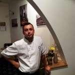 Petrisor Mihalcut si Peters Kitchen Bistro, micul lui restaurant in Piata Rosetti din Bucuresti
