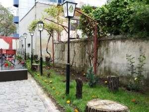 La Nenea Iancu - berarie in cartierul vechi al Bucurestiului - pe la Calarasi