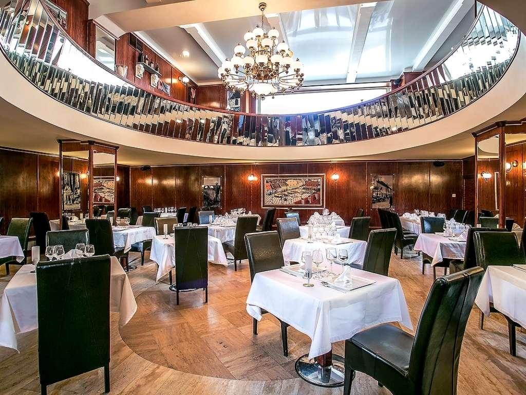 restaurant the old sibiu restograf restaurante bucuresti topul restaurantelor din bucuresti. Black Bedroom Furniture Sets. Home Design Ideas