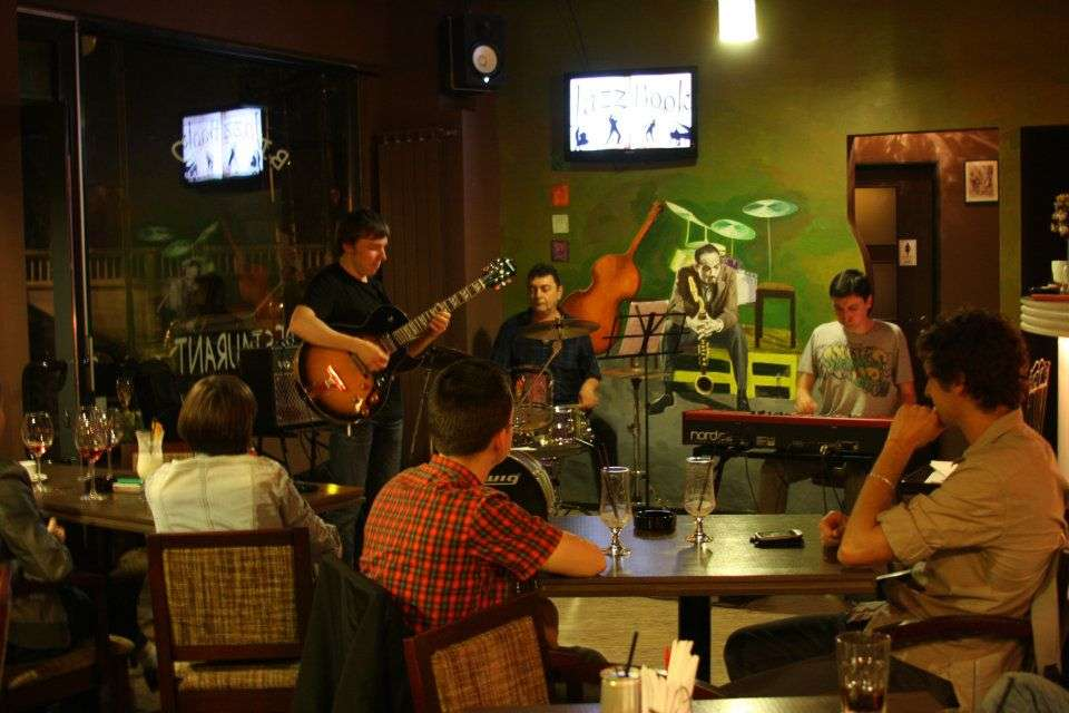 evenimente restaurante bucuresti jazz book
