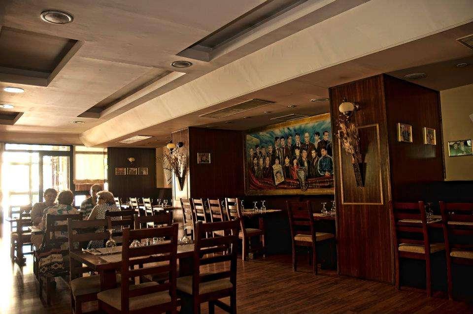 Restaurantele preferate ale lui aylin restograf for Divan floreasca