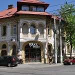 Cafe/Pub/Club 1000 de Chipuri Wine Bar