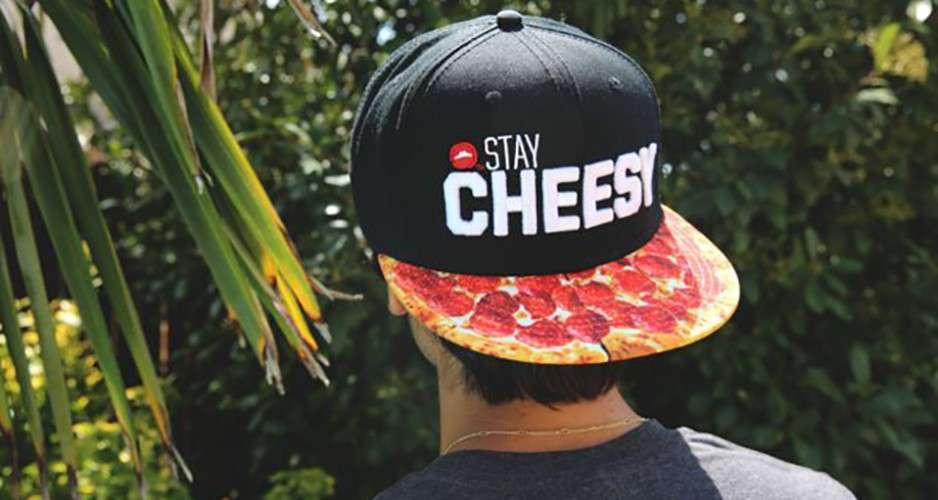 Sapca Pizza Hut // sursa foto: pizzahut-2.myshopify.com