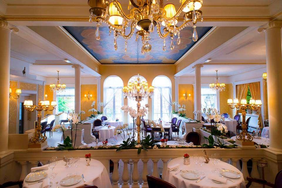 romantic restaurant laserre