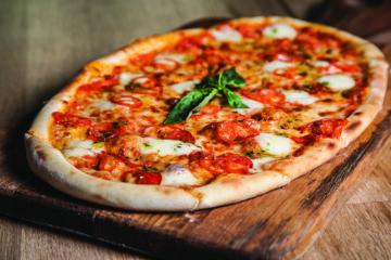 Unde mâncăm o pizza bună, ca la ea acasă?