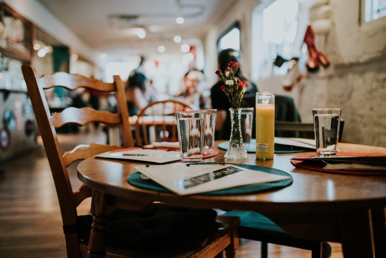 restaurant bun