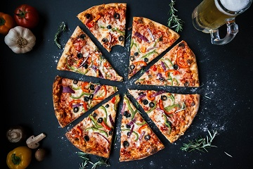 Pizza italiană în București. Unde o poți savura alături de prieteni