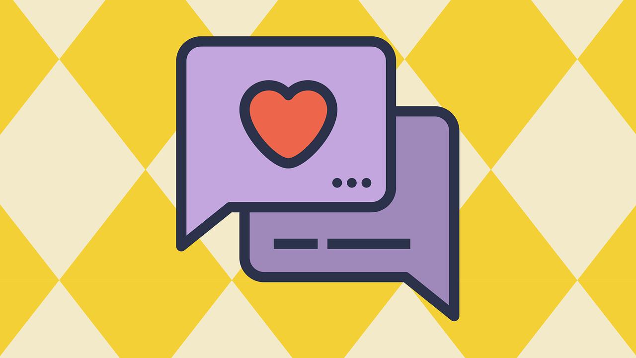 butoana mov de social media, cu love, pe fundal cu romburi albe si galbene, imagine reprezentativa pentru recenzie restaurantee