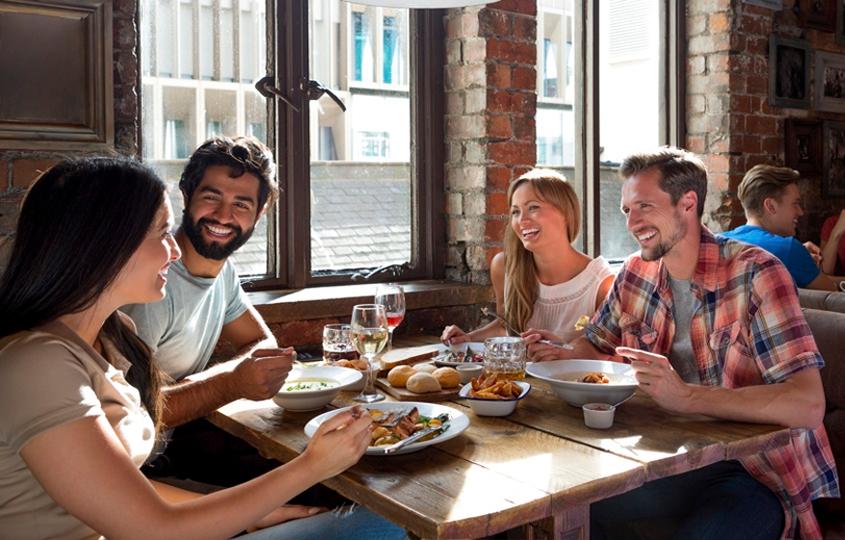 atrage oaspeti in restaurant cu restograf gratuit