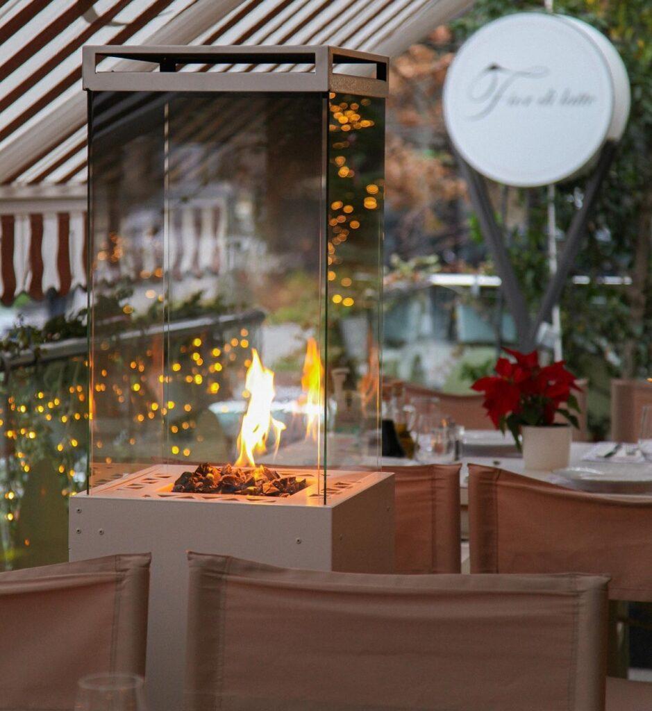 close up cu încălzitor pe terasa restaurantului Fior di Latte din București