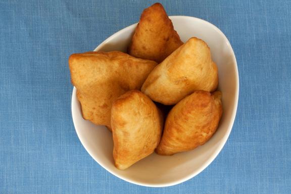 mandazi africane pentru masa de dimineață