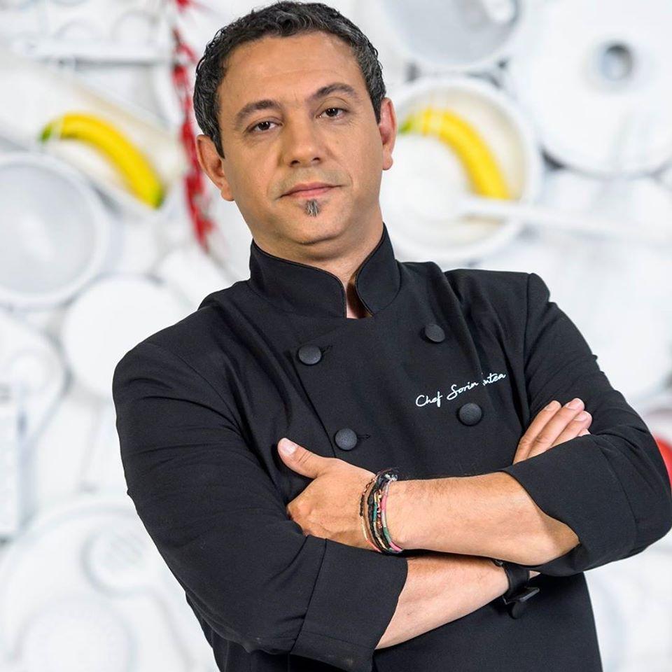 foo portret Chef Sorin Bontea in tunica neagra